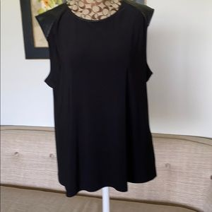 DKNY sleeves less black top size XL